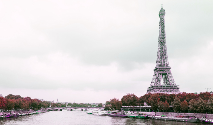 Paris Fransa