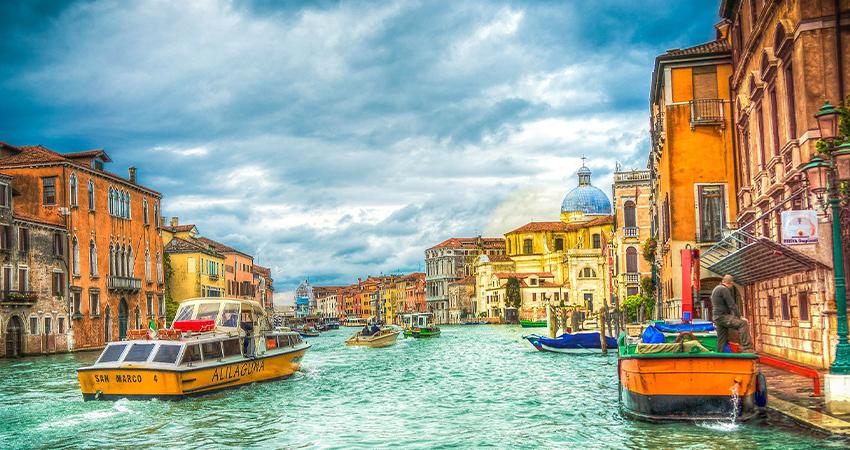 Venedik İş Gezisi